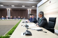 Андрей Бочаров провел первое заседание оргкомитета по подготовке к празднованию 65-летия Волжского