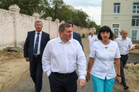 Андрей Бочаров поставил задачи по дальнейшему развитию больницы №7 в Волгограде