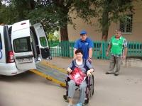 Более 600 пожилых граждан доставлены в медучреждения волгоградского региона с помощью новой службы