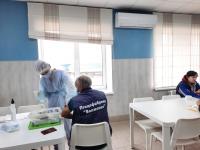 Защита от COVID-19: сотрудники волгоградских предприятий прививаются от коронавирусной инфекции
