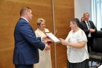 В Волгоградской областной Думе наградили лучших врачей