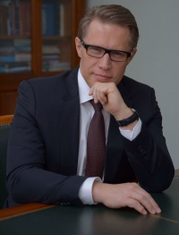 Михаил Мурашко поздравил с Днём медицинского работника