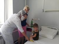 Волгоградские волонтеры помогают маленьким пациентам ожогового и токсикологического отделений 25 больницы скорой помощи