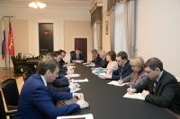 Андрей Бочаров провел оперативное совещание