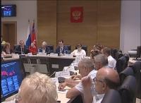 Вопросы охраны здоровья трудовых коллективов обсудили в ходе заседания областной трехсторонней комиссии