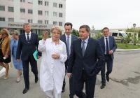 Новые детская больница, роддом и межрайонные центры: Андрей Бочаров поставил задачи по поддержке материнства и детства