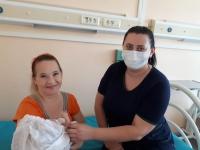 Материнство и детство: в волгоградском регионе развивают систему поддержки родителей недоношенных малышей