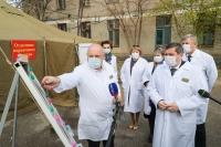 Андрей Бочаров: «Отделения первичного осмотра разворачиваются перед 12 инфекционными госпиталями»