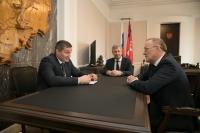 Андрей Бочаров провел рабочую встречу с Владимиром Крыловым