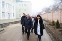 Андрей Бочаров проинспектировал ход работ по обновлению клинической больницы скорой медицинской помощи №7