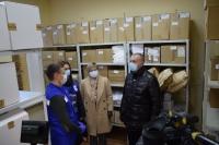 Волонтеры доставляют волгоградцам старшего возраста лекарства на дом