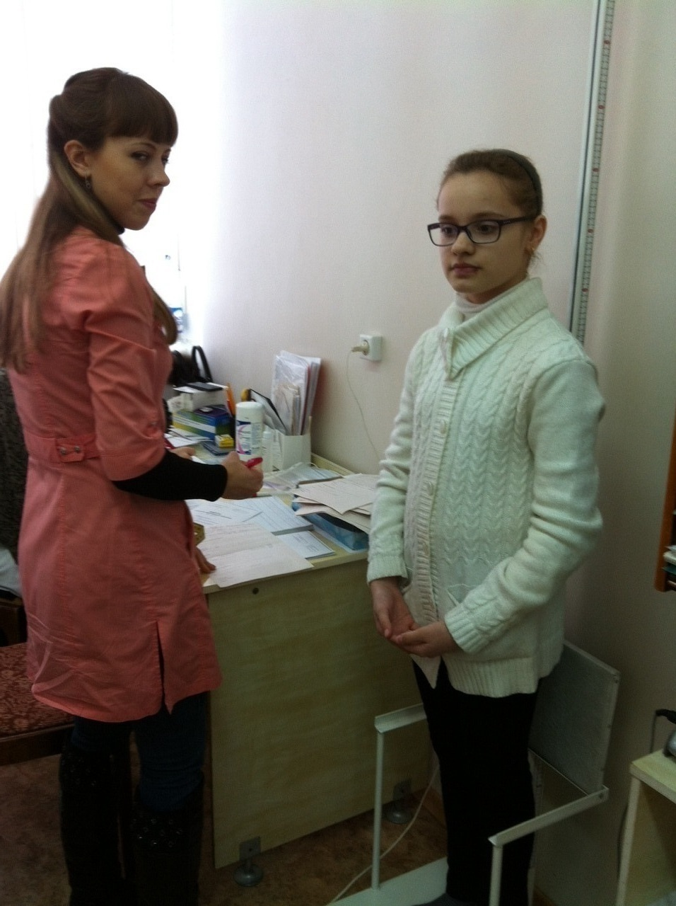 Мобильные врачи проверяют здоровье школьников в МОУ